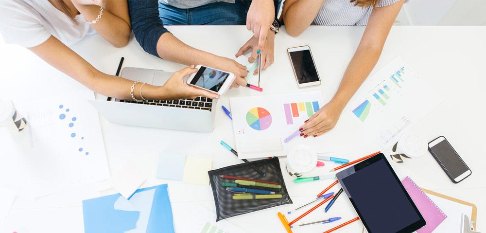 Avantages du clou: Le travail en équipe